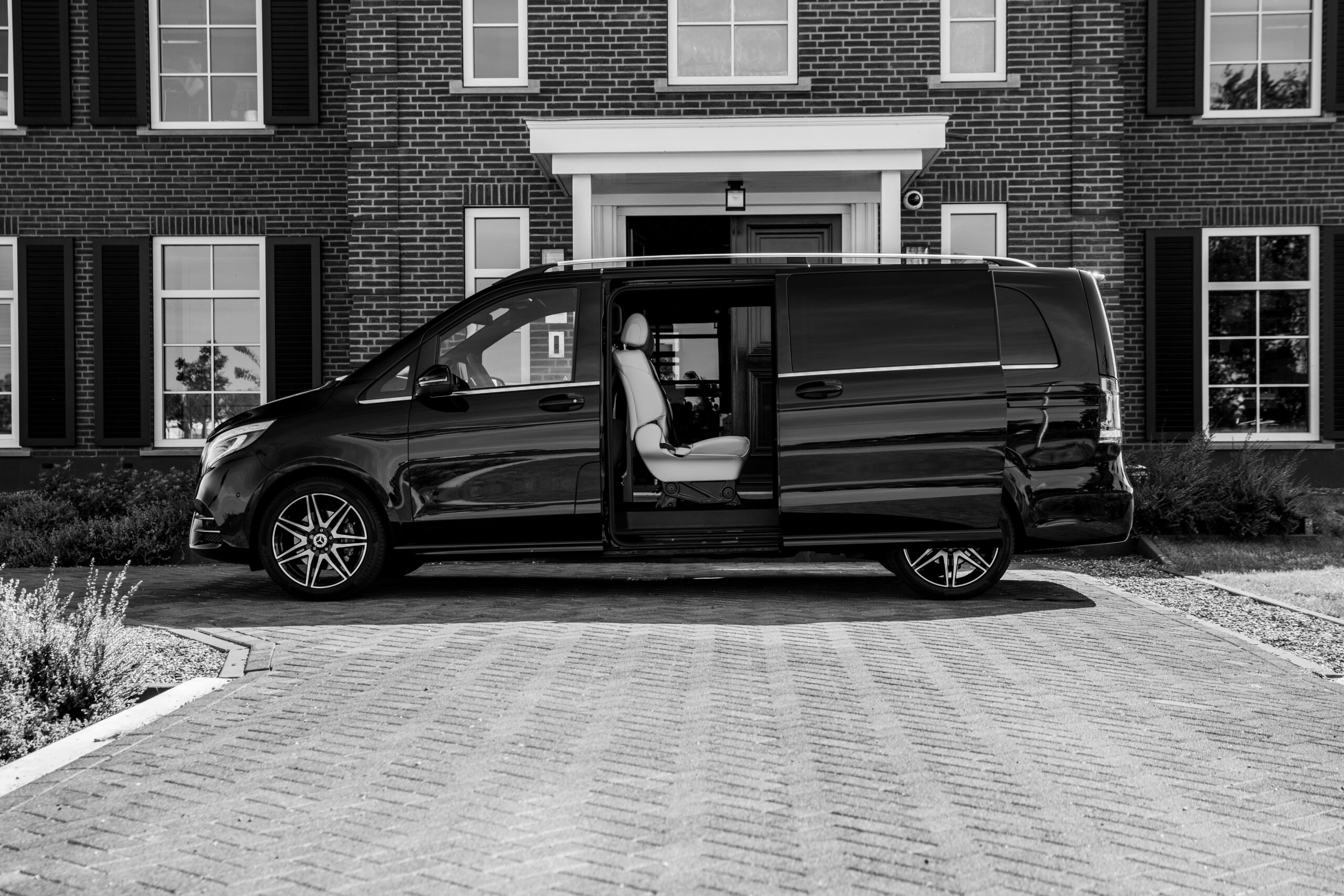 Minivan met chauffeur
